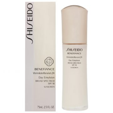 Shiseido Benefiance Wrinkle Resist 24 Day Emulsion SPF18